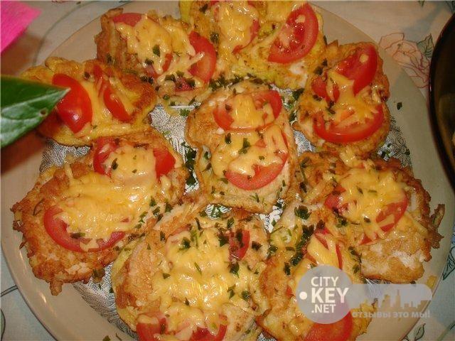 куриные отбивные с сыром и помидорами в духовке рецепт